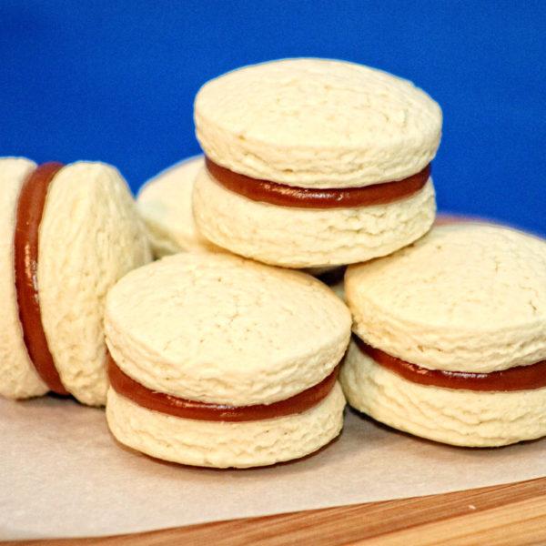 Traditional Alfajores – Caramel Sandwich Cookies