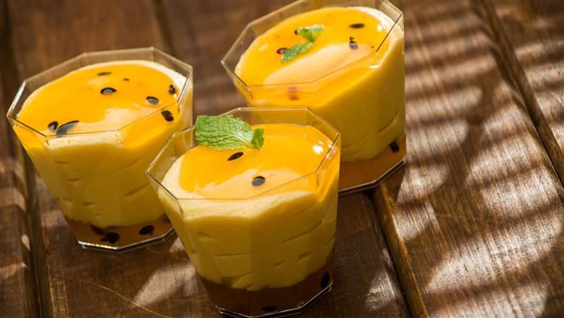 Brazilian passion fruit mousse (Maracuja)
