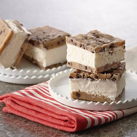 Easy Ice Cream Sandwiches (no ice cream maker required)